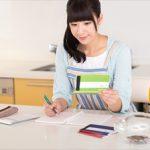 借金する理由ランキングと借金したら削るランキング